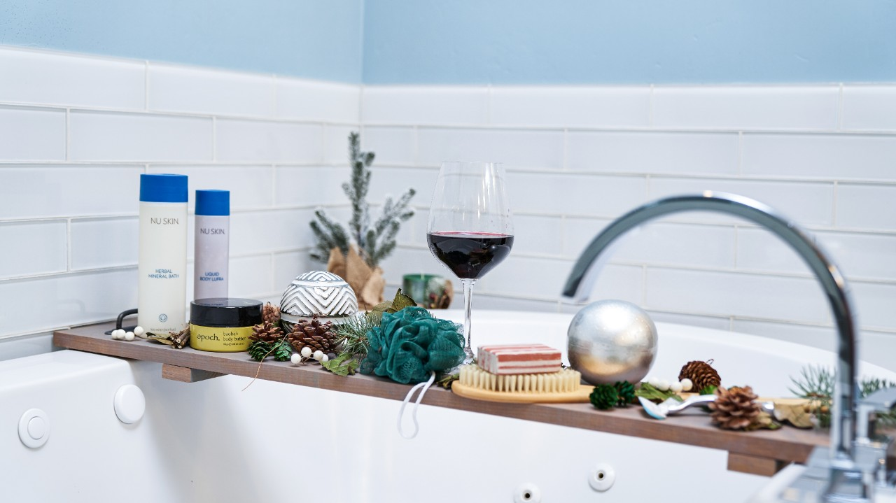 Essentials for a DIY relaxing bath